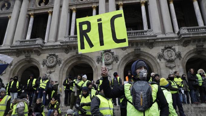 Le «RIC» fait peur aux élites maîtrisant le jeu démocratique