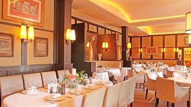 Paris par le menu (2) : deux repaires politiques