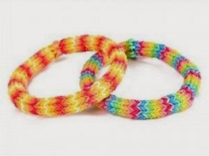 rainbow-loom-bracelet-diy_thumb[2]