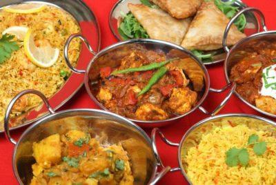 En Inde s'organise autour de la table la prise du palais